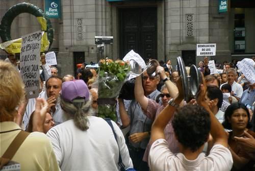 Buenos_Aires_-_Manifestación_contra_el_Corralito
