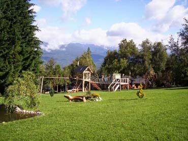 El Bolson, un pueblo entre montañas