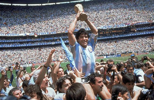 Maradona, idolo del futbol argentino