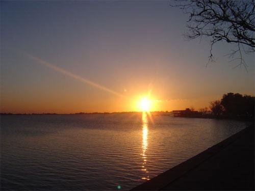 Laguna de Chascomús, paraíso de los pejerreyes