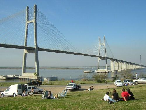 Puente Rosario-Victoria, uniendo dos provincias