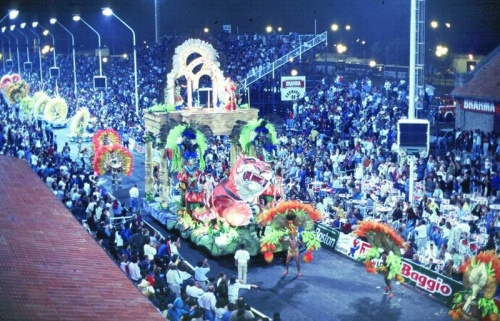 Gualeguaychu, previa y carnaval