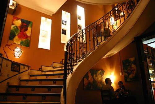 Plaza de Almas, cultura y gastronomía en Tucumán