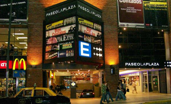 El Paseo La Plaza, teatro en Buenos Aires