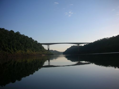 El Puente Internacional Tancredo Neves