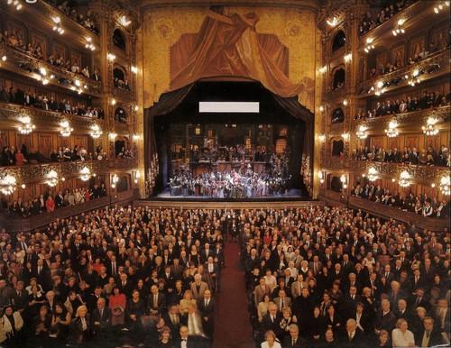 Ópera y gastronomía en Buenos Aires