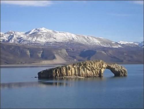 Lago Posadas, un rincón soñado en la Patagonia